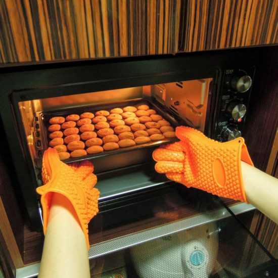 Sütőkesztyű, konyhai edényfogó kesztyű, szilikon hőálló kesztyű 1 db