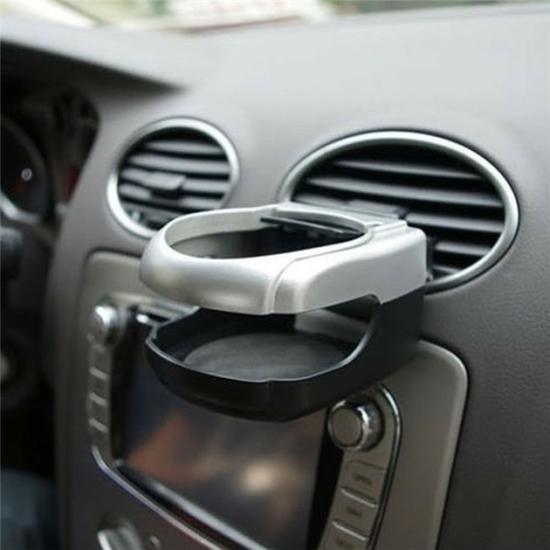 Autó szellőzőbe helyezhető pohár tartó